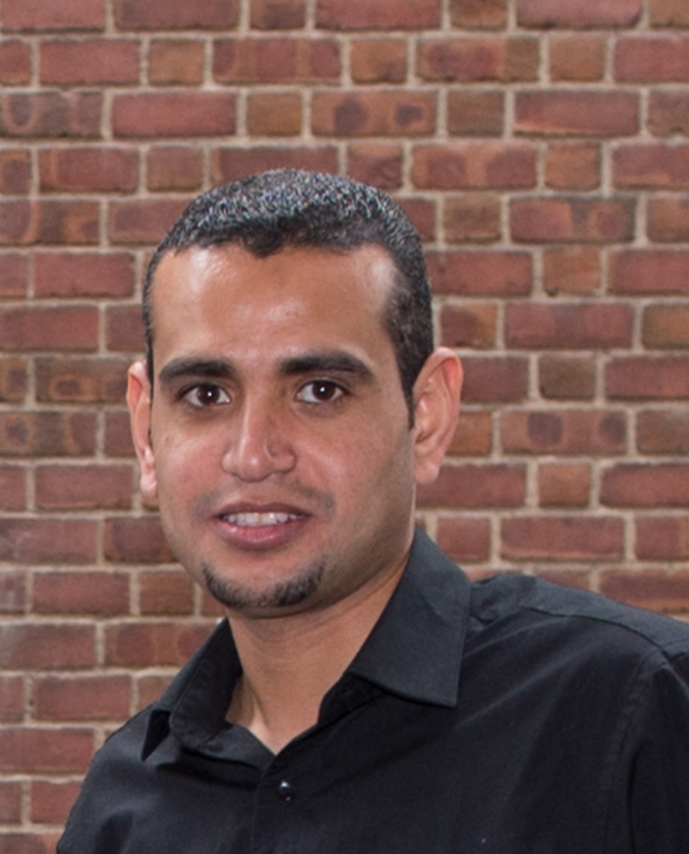Ahmed Abdelhakim Hachelaf, Executive Editor of International Projects